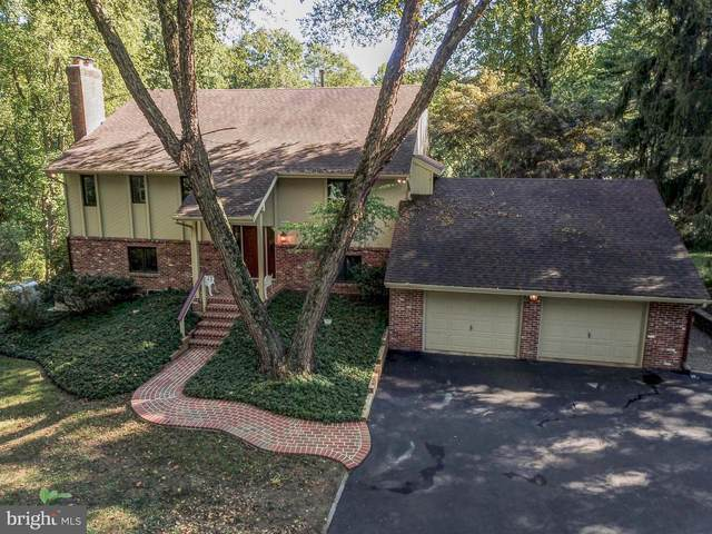 28 Hanover Drive, WEST CHESTER, PA 19382 (#PACT517418) :: Linda Dale Real Estate Experts