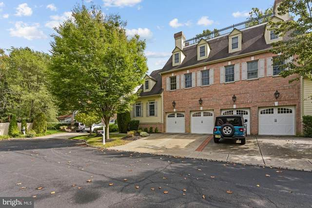 8 Collins Mill Court, MOORESTOWN, NJ 08057 (MLS #NJBL382904) :: Kiliszek Real Estate Experts