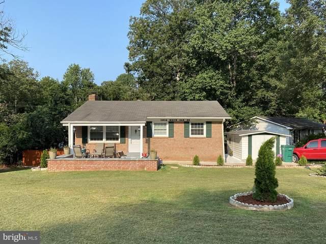 18916 White Oak Drive, TRIANGLE, VA 22172 (#VAPW506016) :: Crossman & Co. Real Estate