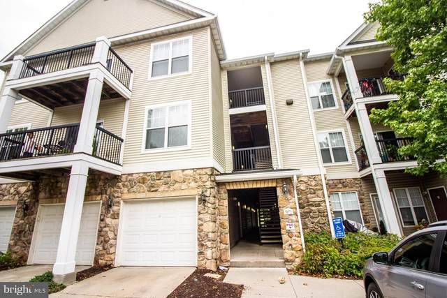 5172-F William Colin Court F, CENTREVILLE, VA 20120 (#VAFX1158468) :: The Miller Team