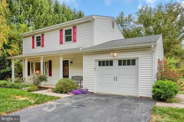 46 W Oakwood Drive, CARLISLE, PA 17015 (#PACB128426) :: The Joy Daniels Real Estate Group