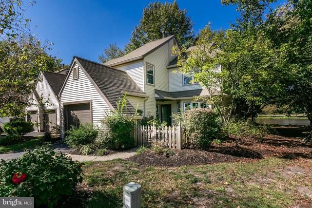 25 Woodlake Drive, MARLTON, NJ 08053 (MLS #NJBL383468) :: Kiliszek Real Estate Experts