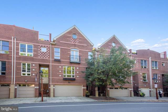 222 Lombard Street, PHILADELPHIA, PA 19147 (MLS #PAPH942676) :: Kiliszek Real Estate Experts