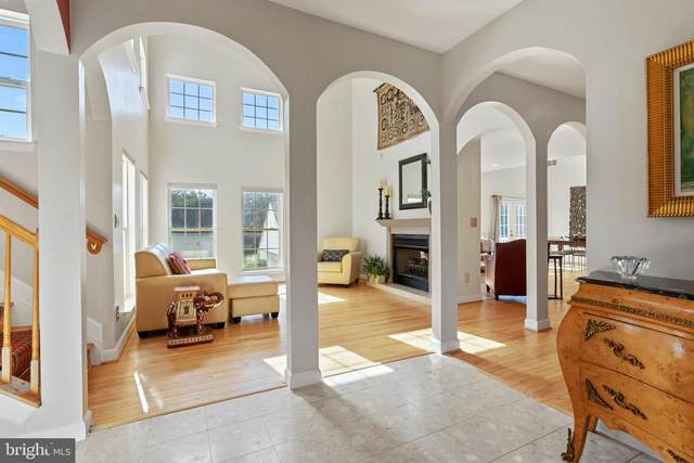 14196 Travilah Road, ROCKVILLE, MD 20850 (#MDMC728976) :: Blackwell Real Estate
