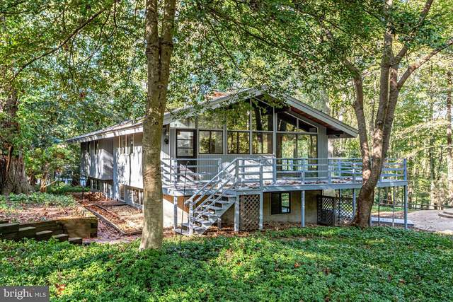 400 Ole Dirt Road, GREAT FALLS, VA 22066 (#VAFX1160350) :: Blackwell Real Estate