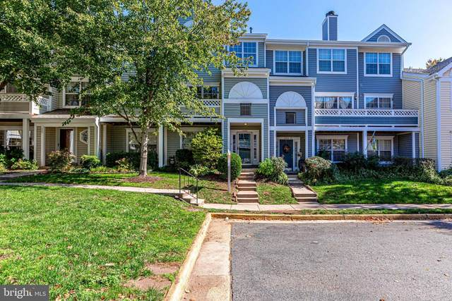 14462 Fallscliff Lane #37, CENTREVILLE, VA 20120 (#VAFX1161404) :: Jacobs & Co. Real Estate