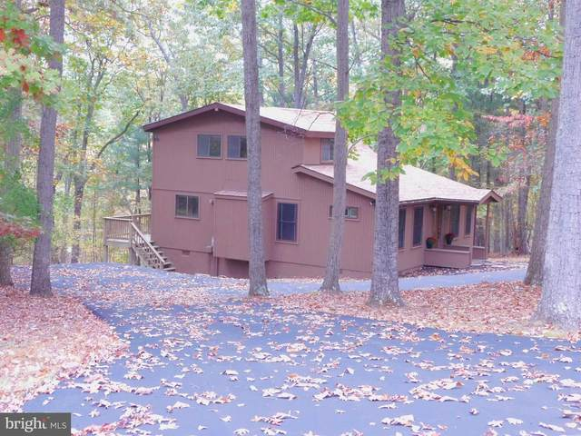305 Pathfinder Lane, HEDGESVILLE, WV 25427 (#WVBE181130) :: Jennifer Mack Properties