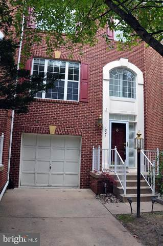 1221 Wild Hawthorn Way, RESTON, VA 20194 (#VAFX1161432) :: Tom & Cindy and Associates