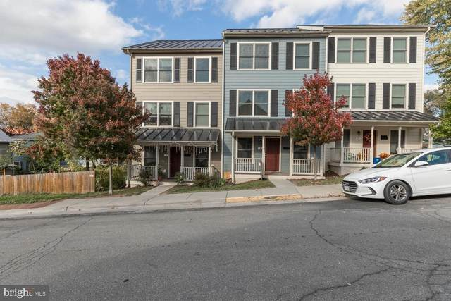 8 E Leicester Street, WINCHESTER, VA 22601 (#VAWI115240) :: The Dailey Group