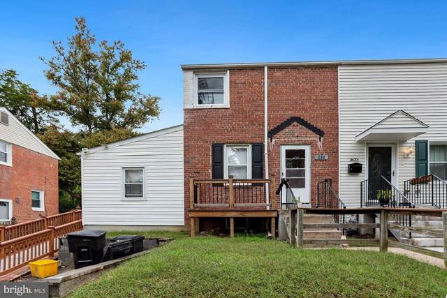 3635 S Four Mile Run Drive, ARLINGTON, VA 22206 (#VAAR171402) :: The Maryland Group of Long & Foster Real Estate
