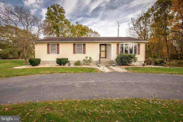 2030 St Andrews Drive, HEDGESVILLE, WV 25427 (#WVBE181182) :: Bruce & Tanya and Associates