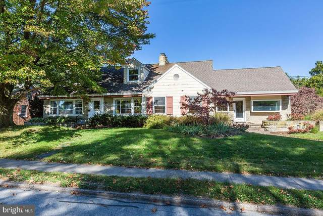 109 E Conestoga Street, NEW HOLLAND, PA 17557 (#PALA171964) :: The John Kriza Team