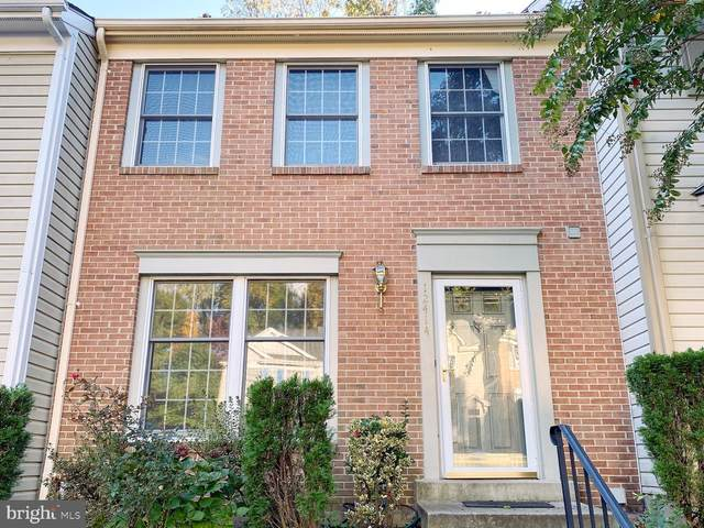 12414 Walnut Cove Circle, GERMANTOWN, MD 20874 (#MDMC730468) :: The Miller Team