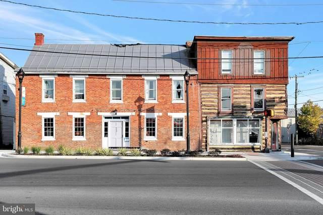 110 N Massanutten Street, STRASBURG, VA 22657 (#VASH120648) :: The Dailey Group