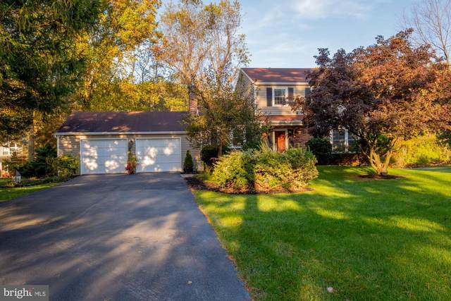 1402 Crestmont Drive, DOWNINGTOWN, PA 19335 (#PACT519104) :: LoCoMusings