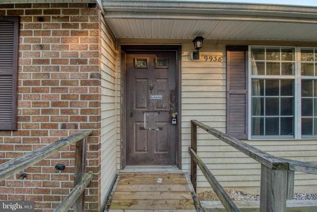 9938 Gay Drive, UPPER MARLBORO, MD 20772 (#MDPG585070) :: The Maryland Group of Long & Foster Real Estate