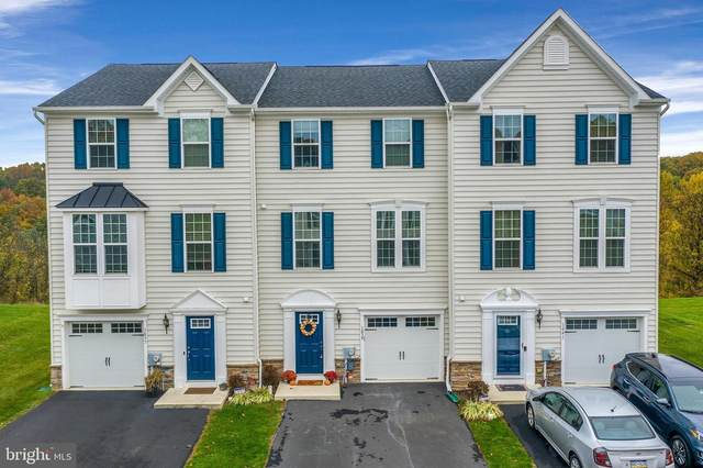 1839 Honeysuckle Court, DOWNINGTOWN, PA 19335 (#PACT519172) :: The Schiff Home Team