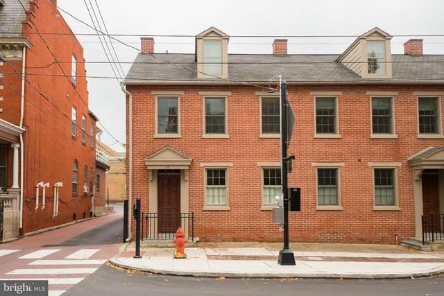 24 E Lemon Street, LANCASTER, PA 17602 (#PALA172114) :: The John Kriza Team