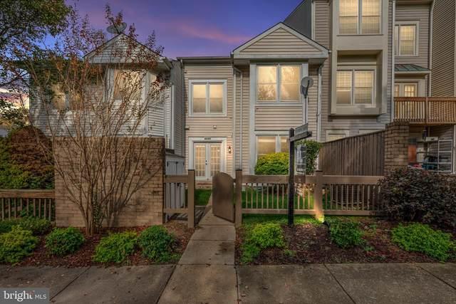 6025 Sunset Ridge Court, CENTREVILLE, VA 20121 (#VAFX1162538) :: Blackwell Real Estate