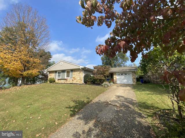 12204 Foxhill Lane, BOWIE, MD 20715 (#MDPG585108) :: Revol Real Estate