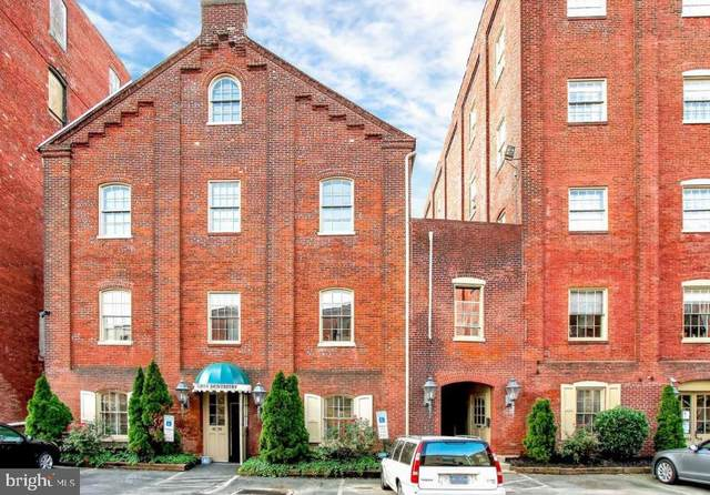 231 N Shippen Street #132, LANCASTER, PA 17602 (#PALA172230) :: The Heather Neidlinger Team With Berkshire Hathaway HomeServices Homesale Realty