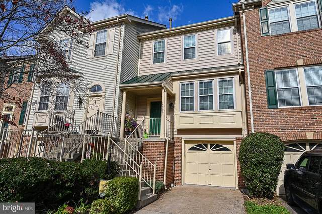 14092 Winding Ridge Lane, CENTREVILLE, VA 20121 (#VAFX1162774) :: Pearson Smith Realty
