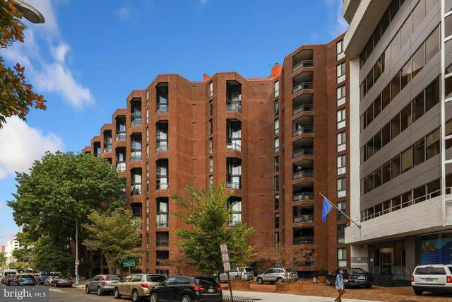 1099 22ND Street NW #604, WASHINGTON, DC 20037 (#DCDC493054) :: The Bob & Ronna Group