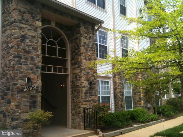 5958 Founders Hill Drive #201, ALEXANDRIA, VA 22310 (#VAFX1162862) :: Colgan Real Estate