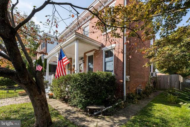 447 W Gay Street, WEST CHESTER, PA 19380 (#PACT519346) :: Bob Lucido Team of Keller Williams Integrity