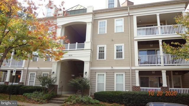18101 Cloppers Mill Terrace 12-J, GERMANTOWN, MD 20874 (#MDMC731218) :: Arlington Realty, Inc.