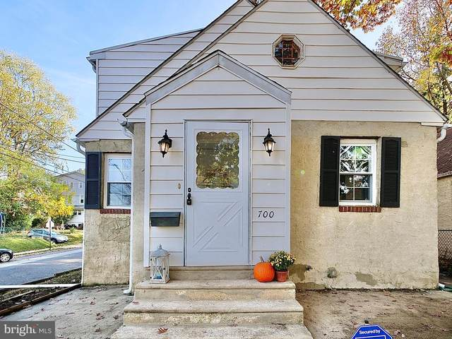 700 Hibberd Avenue, COLLINGDALE, PA 19023 (#PADE530144) :: The Lux Living Group