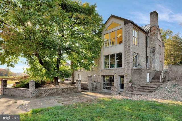 3837 John Marshall Highway, STRASBURG, VA 22657 (#VASH120700) :: Blackwell Real Estate