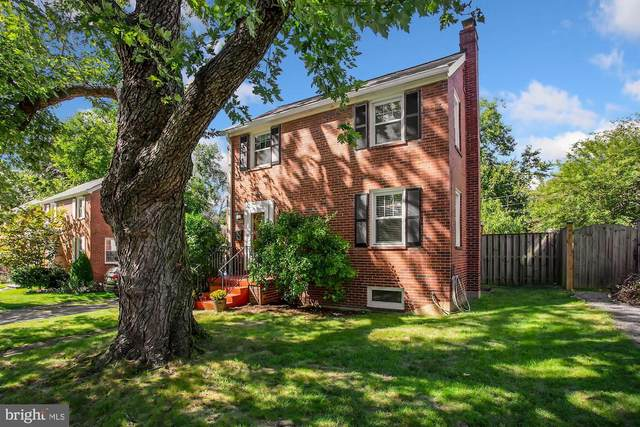 3715 2ND Street S, ARLINGTON, VA 22204 (#VAAR171776) :: AJ Team Realty