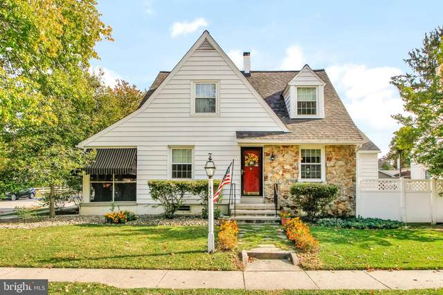 450 Middle Street, HANOVER, PA 17331 (#PAYK147862) :: The Heather Neidlinger Team With Berkshire Hathaway HomeServices Homesale Realty