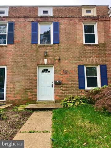 13 Dorchester Drive, ANNAPOLIS, MD 21403 (#MDAA450786) :: The Riffle Group of Keller Williams Select Realtors