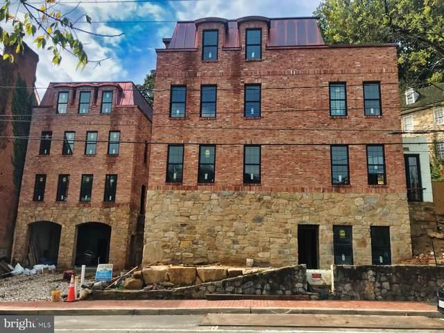430 Mill Street, OCCOQUAN, VA 22125 (#VAPW507840) :: Jacobs & Co. Real Estate
