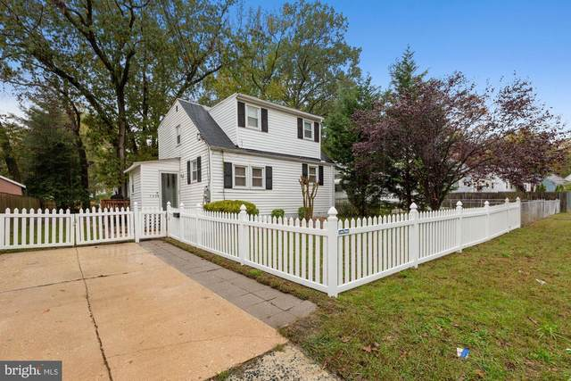 5804 Eastpine Drive, RIVERDALE, MD 20737 (#MDPG585824) :: John Lesniewski | RE/MAX United Real Estate