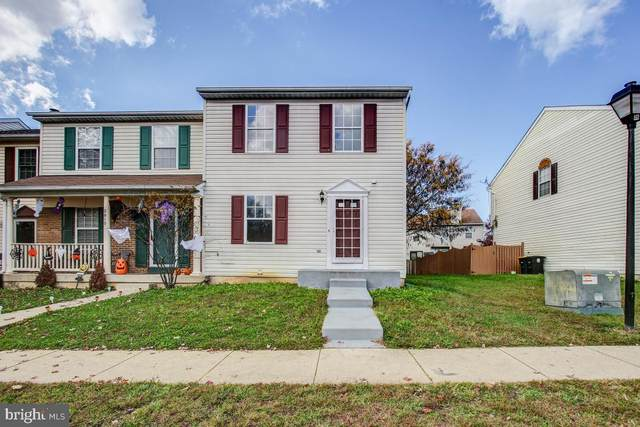 2813 Crestwick Place, DISTRICT HEIGHTS, MD 20747 (#MDPG585898) :: Corner House Realty