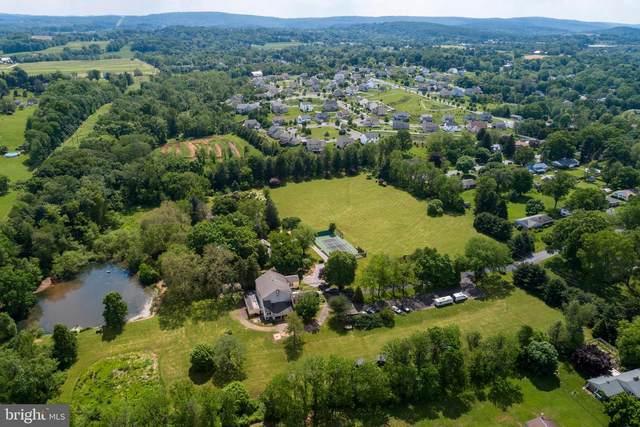 886 Vaughn Road, POTTSTOWN, PA 19465 (MLS #PACT519684) :: Kiliszek Real Estate Experts