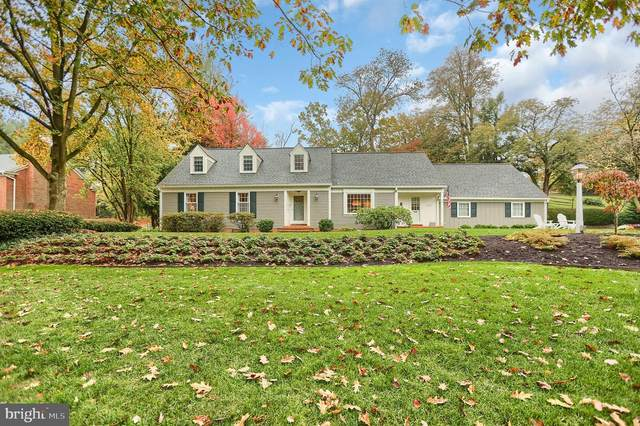 1305 Meadowbrook Road, LANCASTER, PA 17603 (#PALA172636) :: Liz Hamberger Real Estate Team of KW Keystone Realty