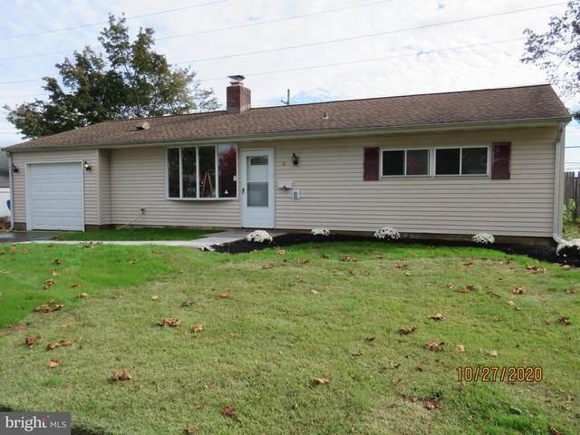 4 Farmbrook Drive, LEVITTOWN, PA 19055 (#PABU510346) :: Linda Dale Real Estate Experts