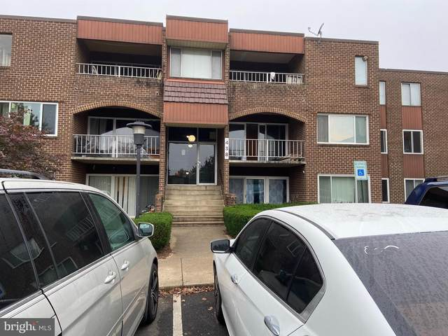 438 Girard Street #256, GAITHERSBURG, MD 20877 (#MDMC732318) :: The Bob & Ronna Group
