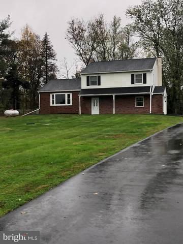 2340 Hill Road, PERKIOMENVILLE, PA 18074 (#PAMC669078) :: Erik Hoferer & Associates