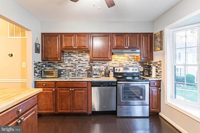 7329 Rolling Oak Lane, SPRINGFIELD, VA 22153 (#VAFX1164622) :: AJ Team Realty