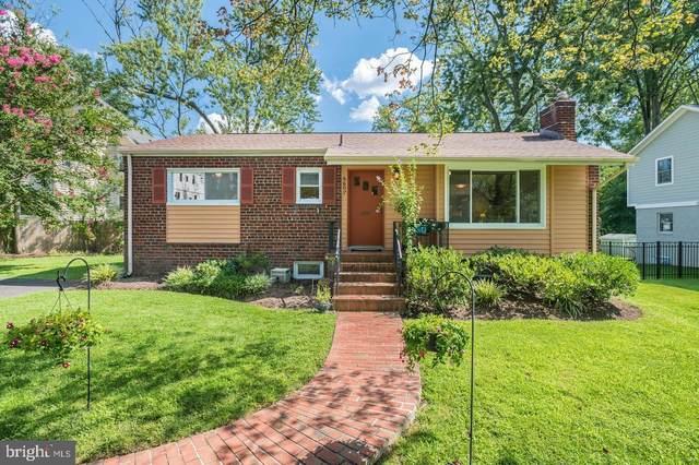 6607 Gordon Avenue, FALLS CHURCH, VA 22046 (#VAFX1164864) :: Debbie Dogrul Associates - Long and Foster Real Estate