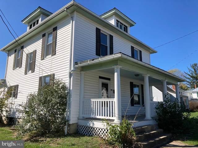 553 W Spring Street, WOODSTOCK, VA 22664 (#VASH120804) :: The Redux Group