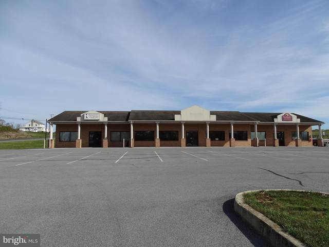 2764 Lincoln Way W, CHAMBERSBURG, PA 17202 (#PAFL176258) :: The Redux Group