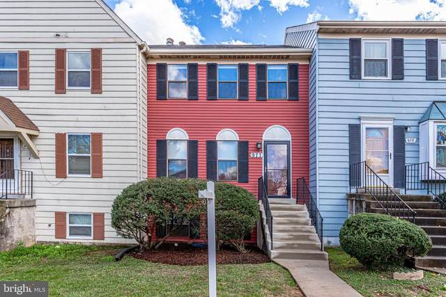 977 Ferndale Avenue, HERNDON, VA 20170 (#VAFX1165734) :: The Sky Group