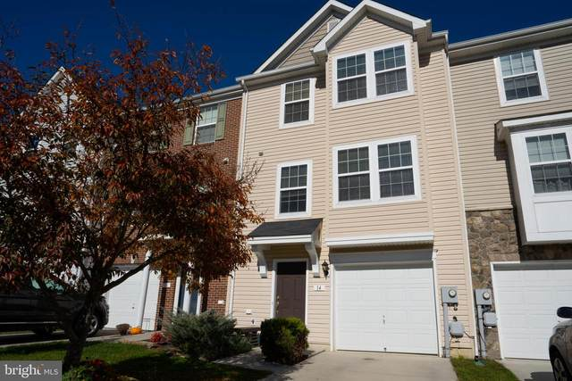 14 Newgate Court, FALLING WATERS, WV 25419 (#WVBE181794) :: Great Falls Great Homes