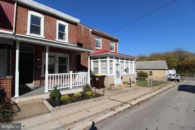 938 Stewart Street, BRIDGEPORT, PA 19405 (#PAMC670236) :: RE/MAX Main Line